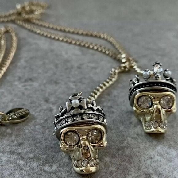 05a47931c Alexander McQueen Jewelry - NWOT ALEXANDER MCQUEEN King & Queen Skull  Necklace
